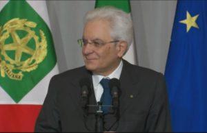 Mattarella: sorti dell'Italia comuni. Essere responsabili senza egoismi
